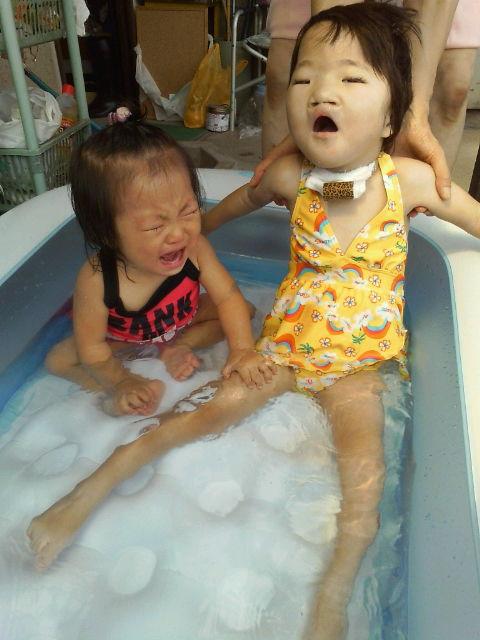 2人でプール
